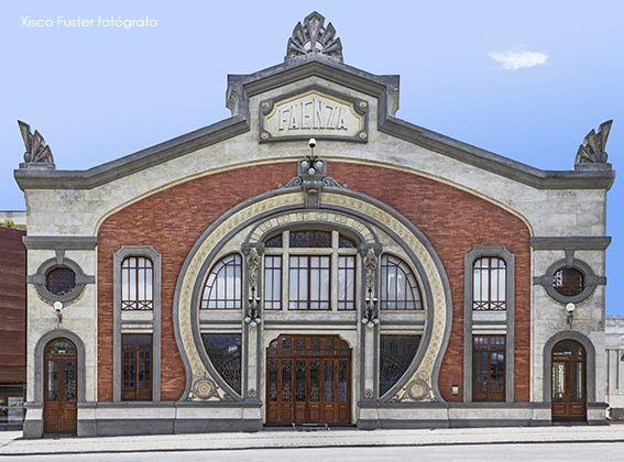 foto 14. 110x148,45 teatro Faenza