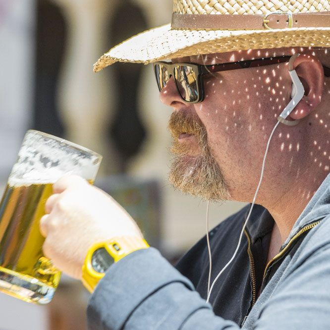 beber cerveza en palma fotografia restaurante